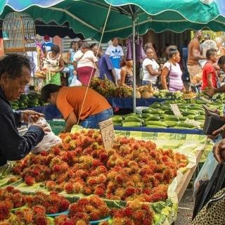 Le marché-St Laurent du Maroni